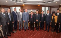 Gazprom Vietnam PetroVietnam GNV gaz naturel véhicule développement